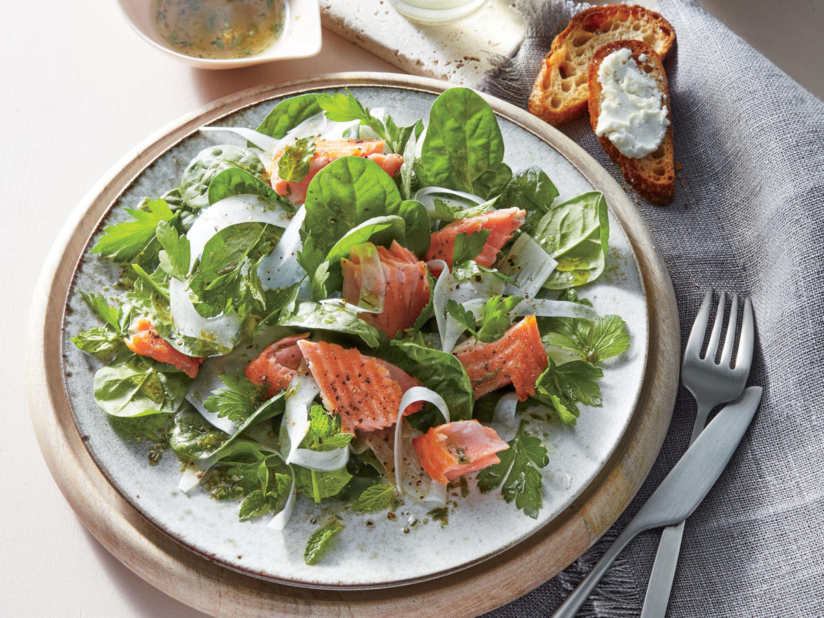 Salmon and Spinach Salad