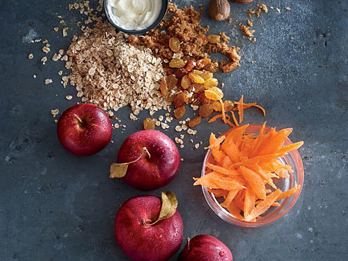 Rolled Oats with Carrot and Apple