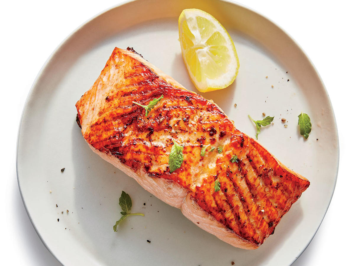 Broiled Salmon with Lemon