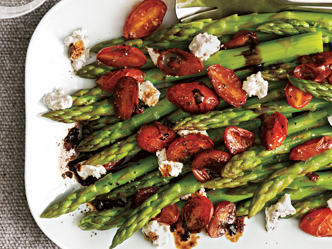 Easter Asparagus with Balsamic Tomatoes Recipe