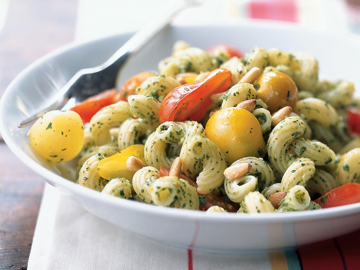 Cavatappi with Arugula Pesto and Cherry Tomatoes