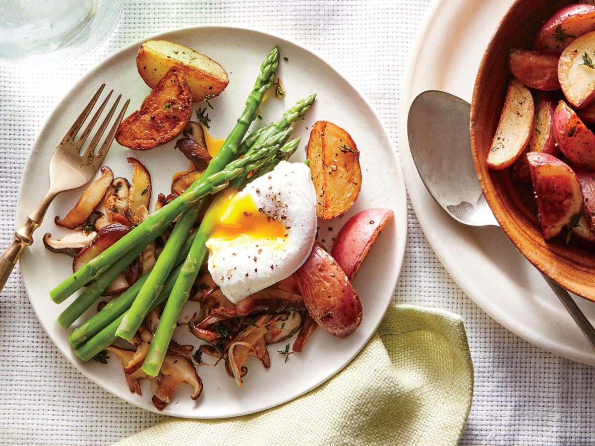 Shiitake and Asparagus Sauté with Poached Eggs