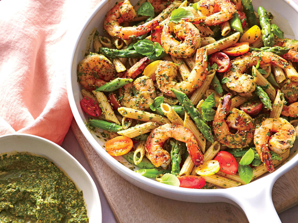Starter Dish: Spinach Pesto Pasta with Shrimp