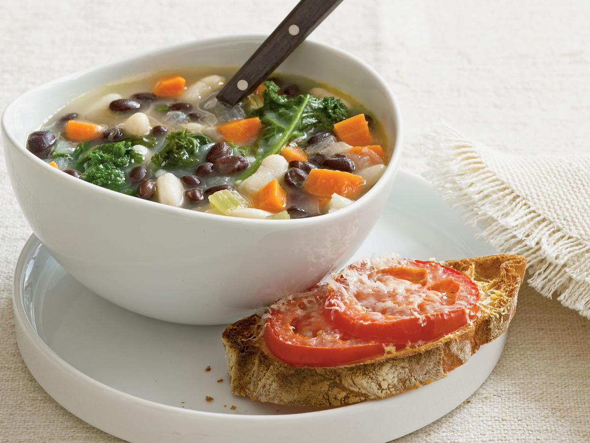 Vegetarian Dinner Recipe: Two-Bean Soup with Kale