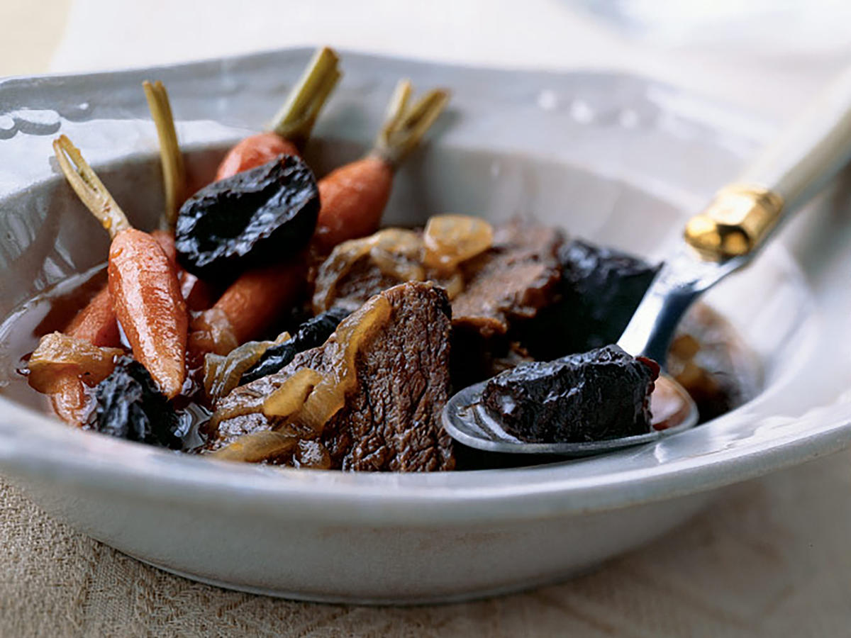 Classic Slow Cooker Beef Stew Recipe