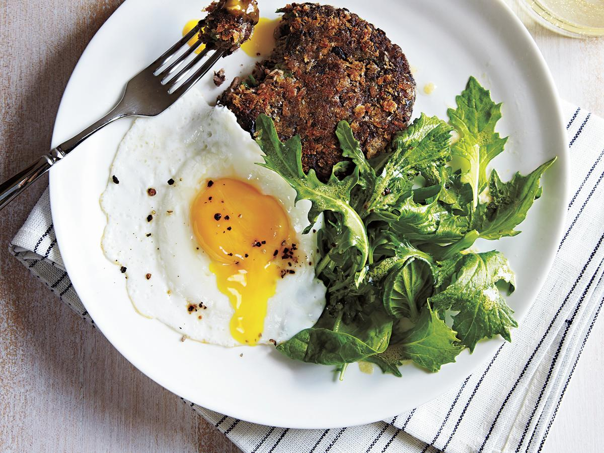 Here's an entire meal, ready in less than 20 minutes. For firmer yolks, cook eggs for 5 minutes instead of 4.