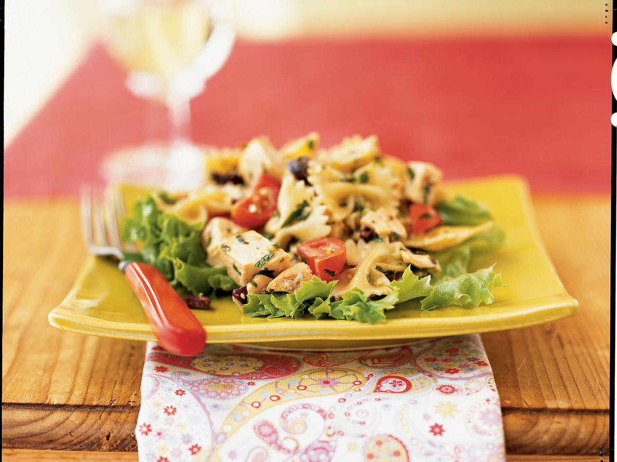 Chicken and Farfalle Salad with Walnut Pesto Recipe