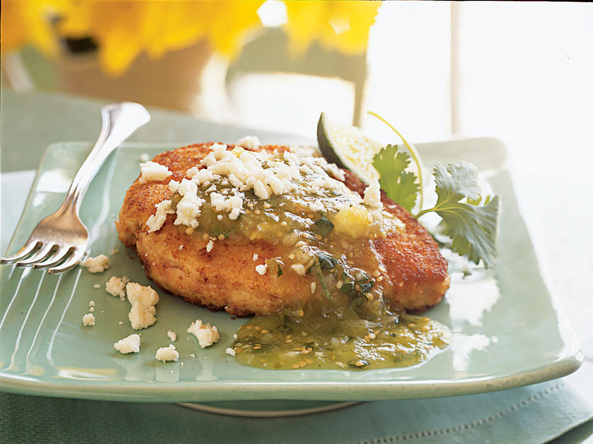 Chicken Breasts with Tomatillo Salsa and Queso Fresco Recipes