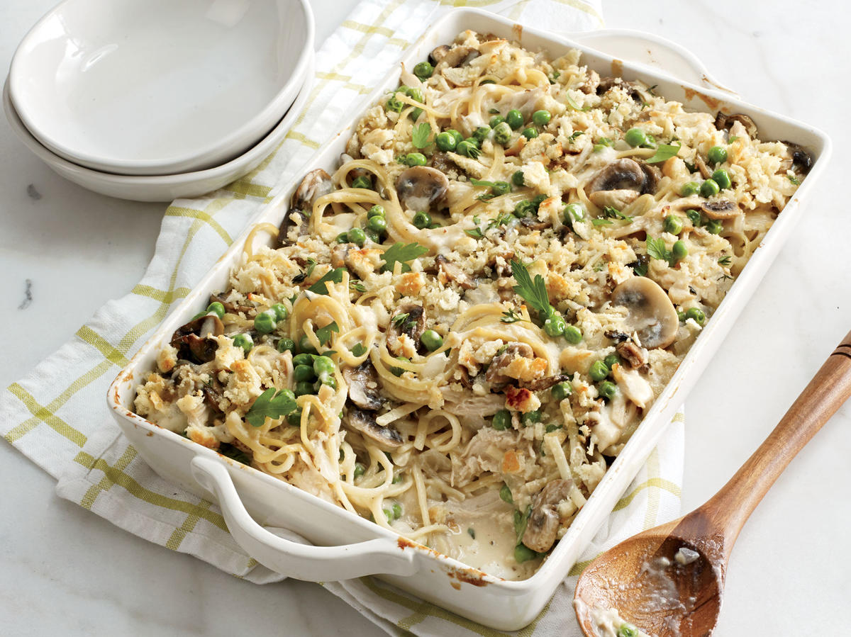 This recipe combines cooked vermicelli, chicken, and mushrooms with a rich sherry–Parmesan cheese sauce. The mixture is sprinkled with breadcrumbs and Parmesan cheese and baked until bubbly and golden.