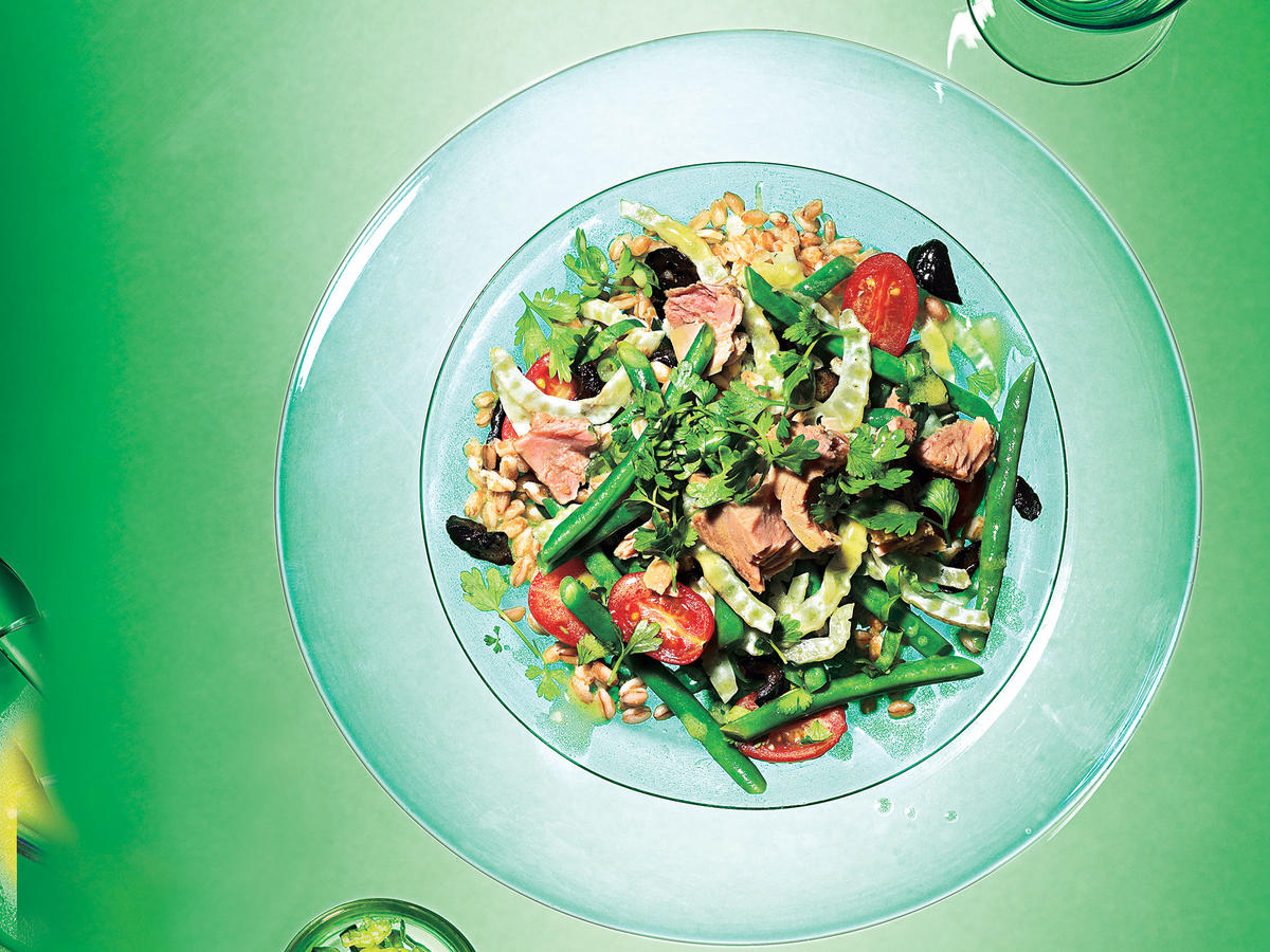 Farro, Green Bean, and Fennel Salad with Tuna