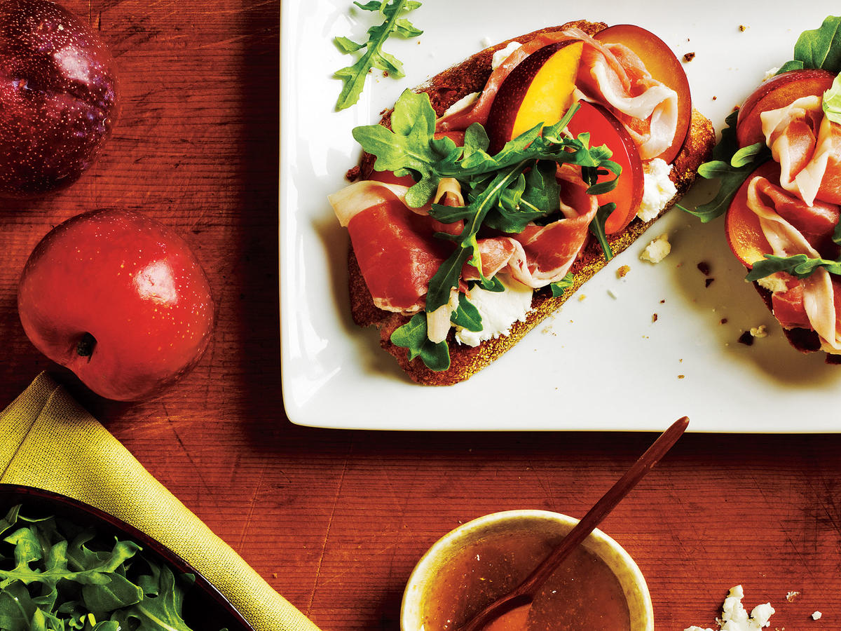 Open-Faced Prosciutto and Plum Sandwiches Recipe