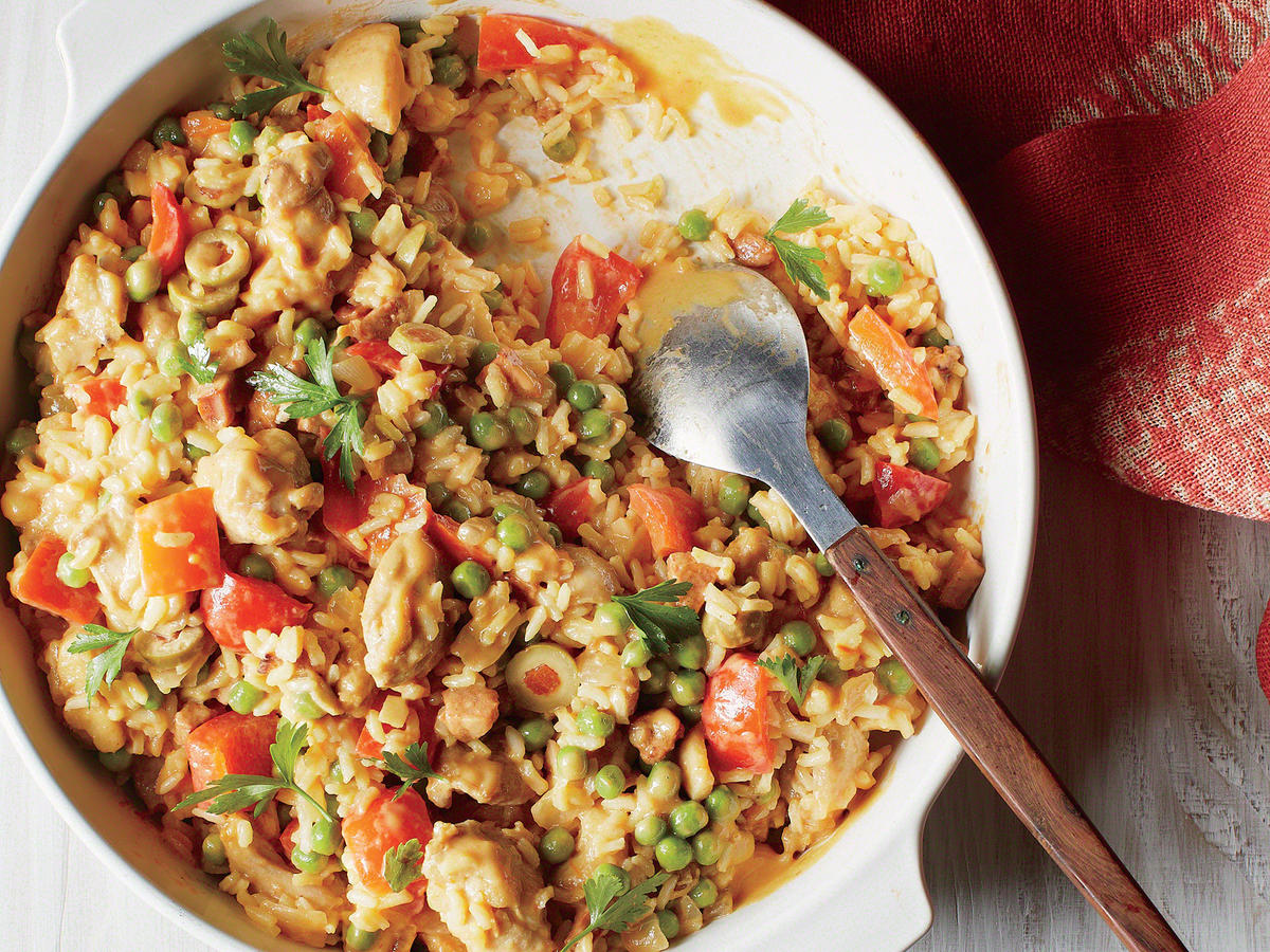 This rich, creamy twist on traditional chicken paella gets an alluring Spanish accent from smoky cured chorizo and the unmistakable fragrance and flavor of saffron.