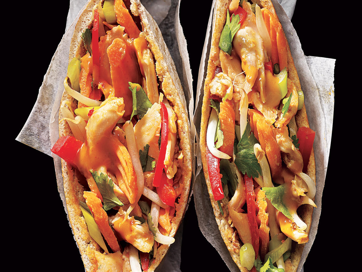 Peanut-Sauced Chicken Pitas Recipe