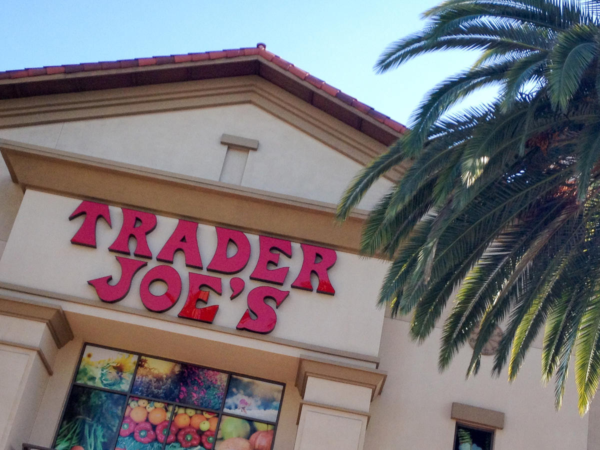 Trader Joe's Fans Are Going Wild for These New Vegan Chicken Tenders