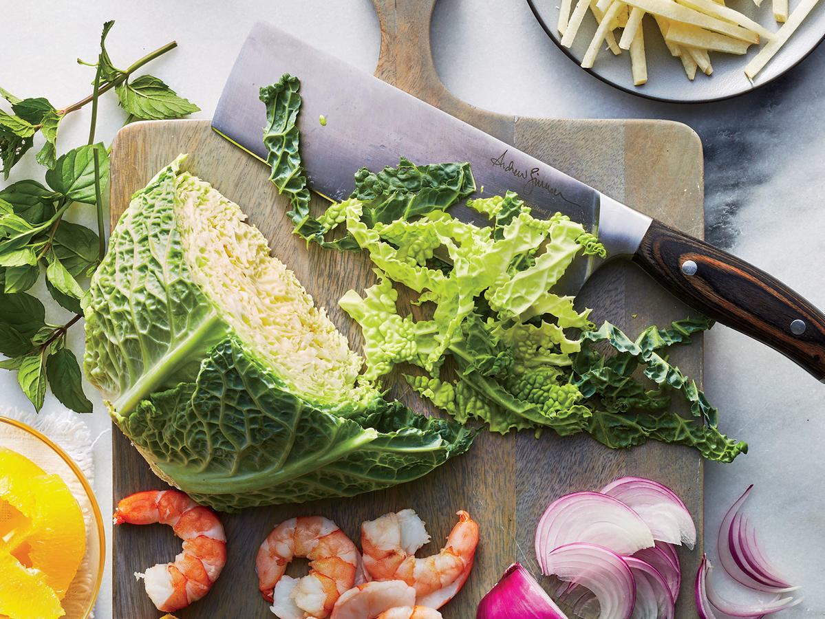Why Culinary Pros Prefer Japanese Knives