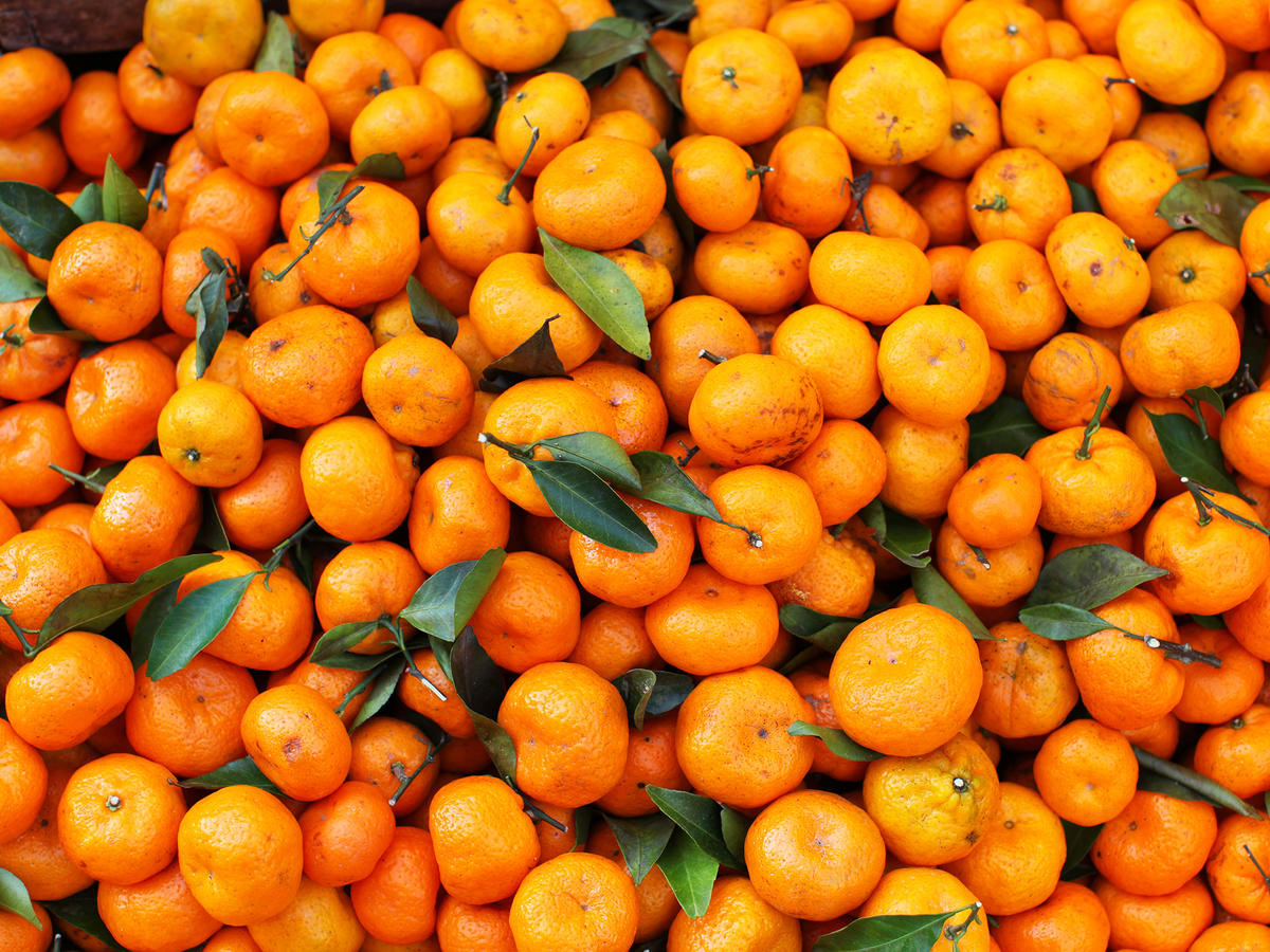 7 Foods With More Vitamin C Than an Orange