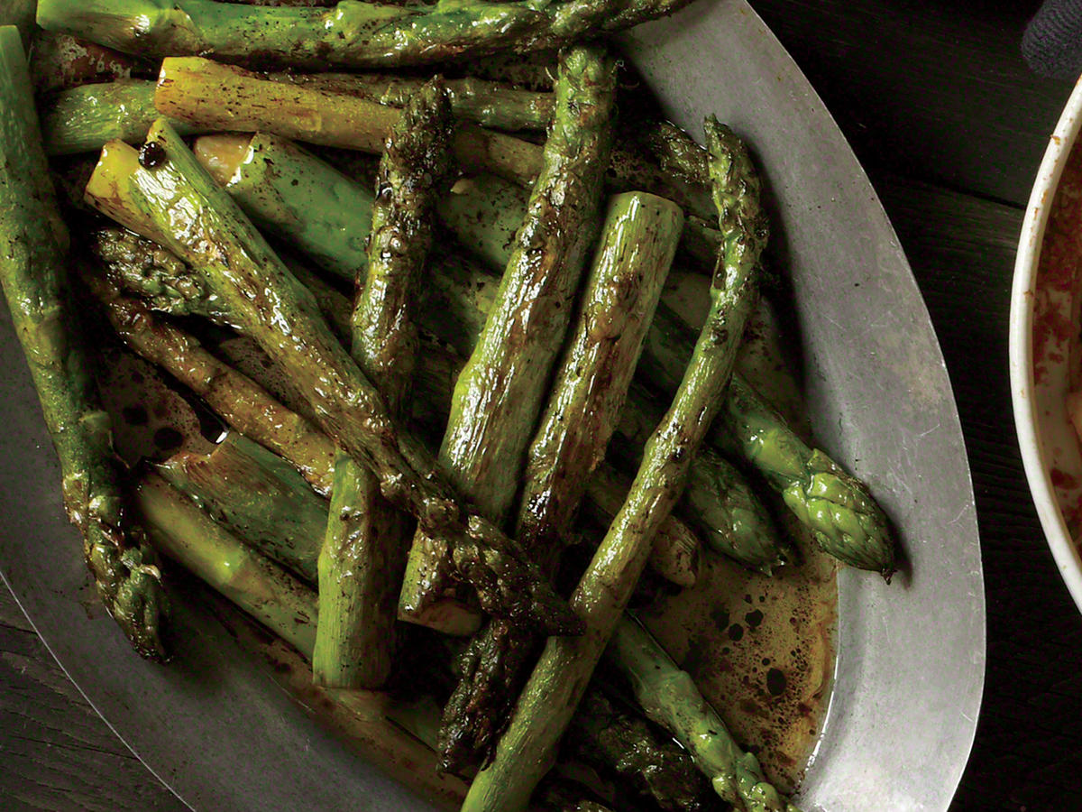 Easter Roasted Asparagus with Balsamic Browned Butter Recipe