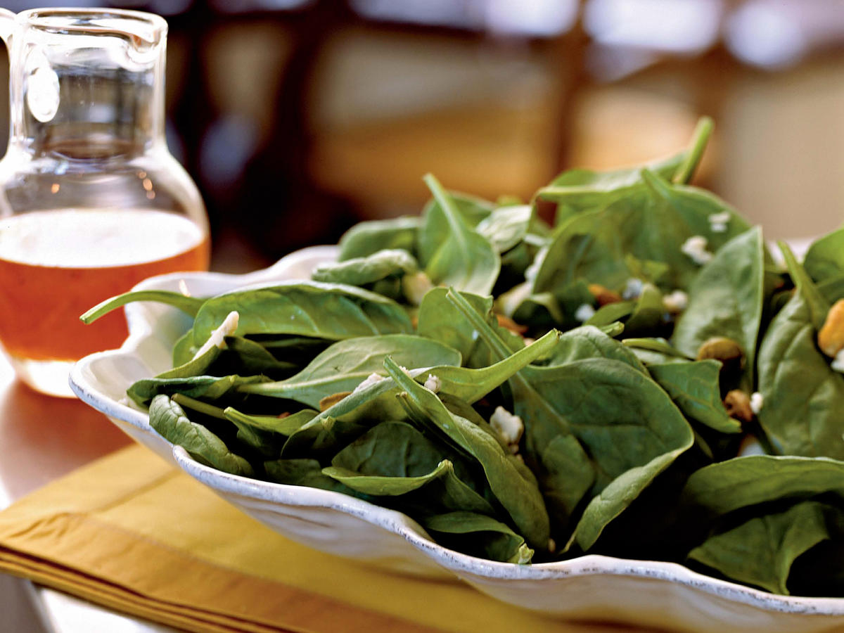 Spinach Salad with Gorgonzola, Pistachios, and Pepper Jelly Vinaigrette Recipes