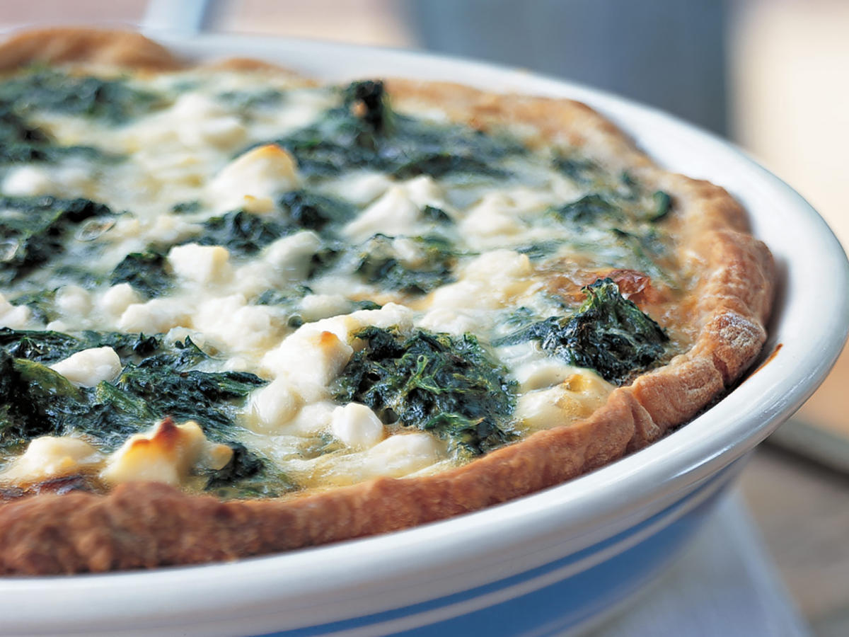 Healthy Spinach, Caramelized Onion, and Feta Quiche Recipes