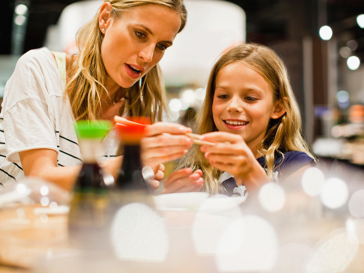 Our Nutritionist Picked the 10 Best (and Worst!) Kids' Meals