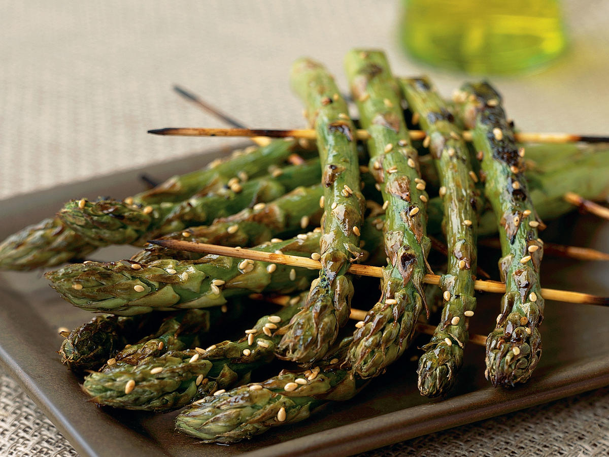 Healthy Grilled Asparagus Rafts Recipe