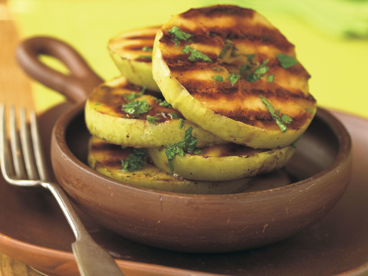 Healthy Marinated Grilled Apples with Mint Recipe
