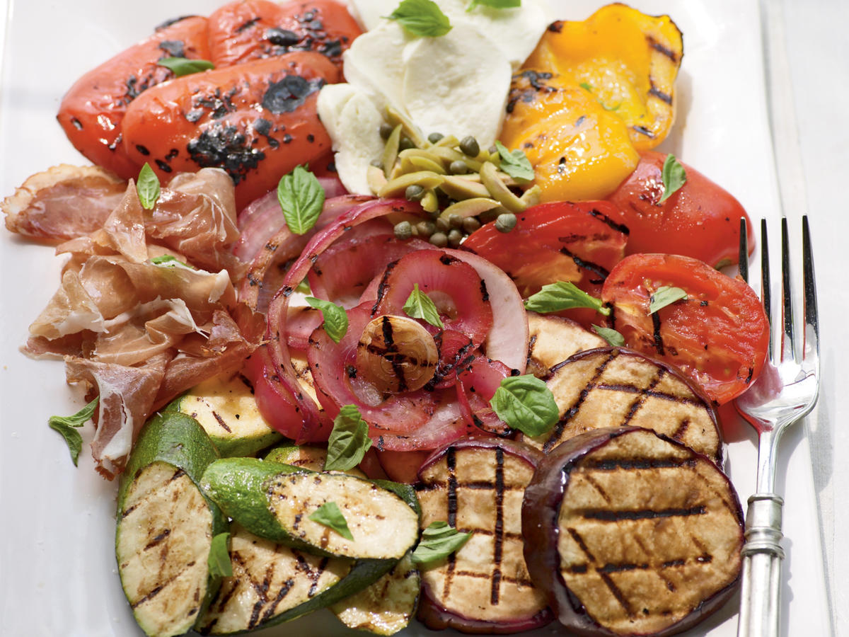 4th of July Recipes: Fire-Seared Antipasto Platter