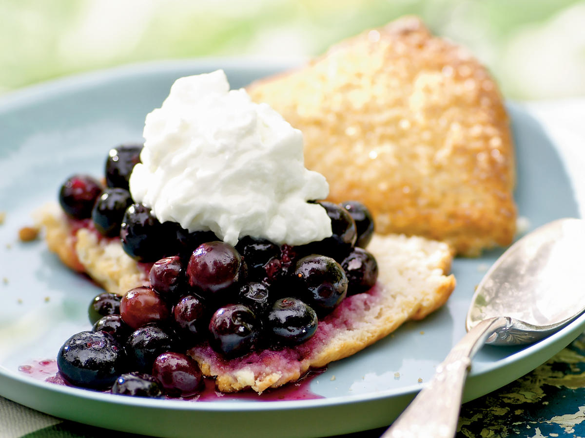 4th of July Recipes: Gingered Blueberry Shortcake