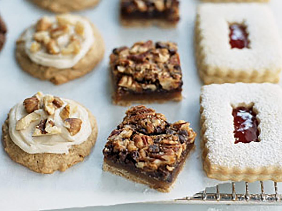 Healthy Pecan-Date Bars Cookies Recipe