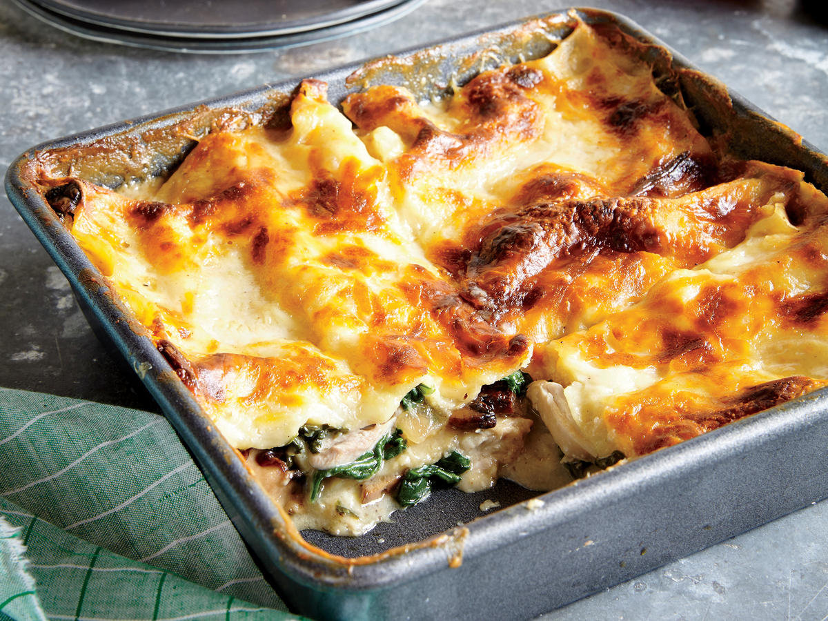 Chicken, Spinach, and Mushroom Lasagna