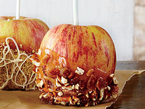 bacon-pretzel-peanut-butter-caramel-apples-ck-l.jpg