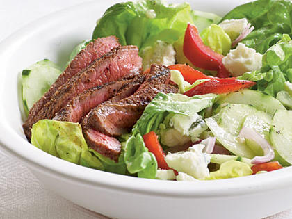 barbecue-sirloin-blue-cheese-salad.jpg