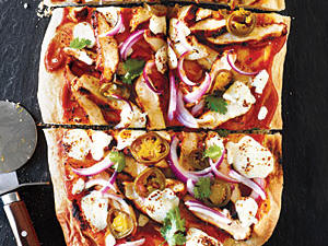 bbq-chicken-pizza-mozzarella-jalapenos.jpg