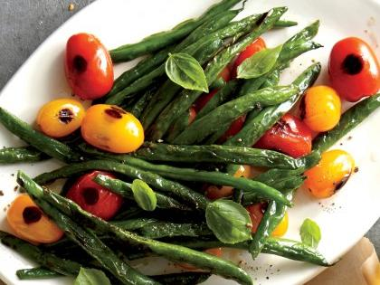 blistered-green-beans-and-tomatoes-e1456522671261.jpg