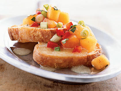 bruschetta-peach-salsa-melted-brie.jpg