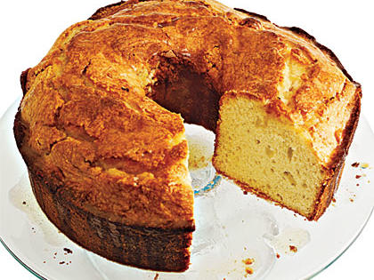 canola-oil-pound-cake-with-browned-butter-glaze.jpg