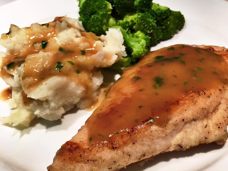 chicken-w-mashed-potatoes-and-gravy.jpg