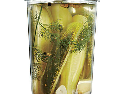 easy-dill-pickle-spears.jpg