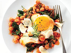 egg-chickpeas-spinach-tomato.jpg