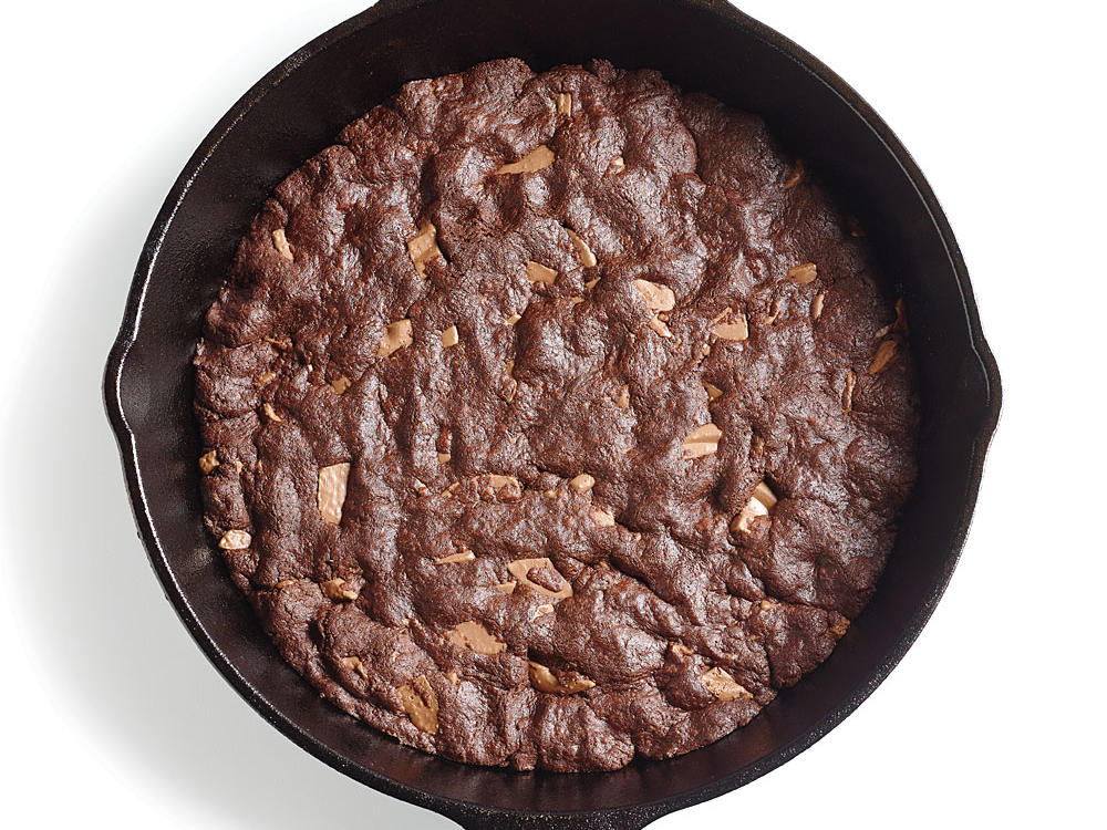fudgy-skillet-cookie-ck.jpg