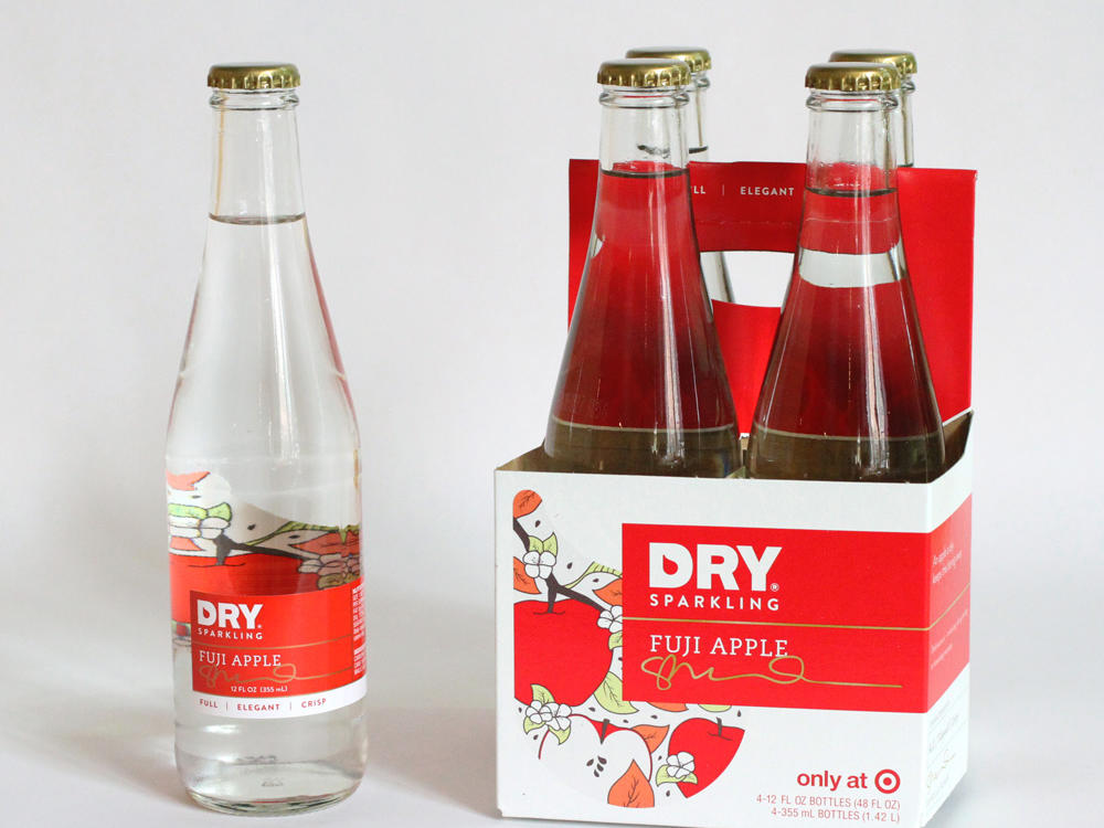 fujiapple_bottle_and_4pack2.jpg