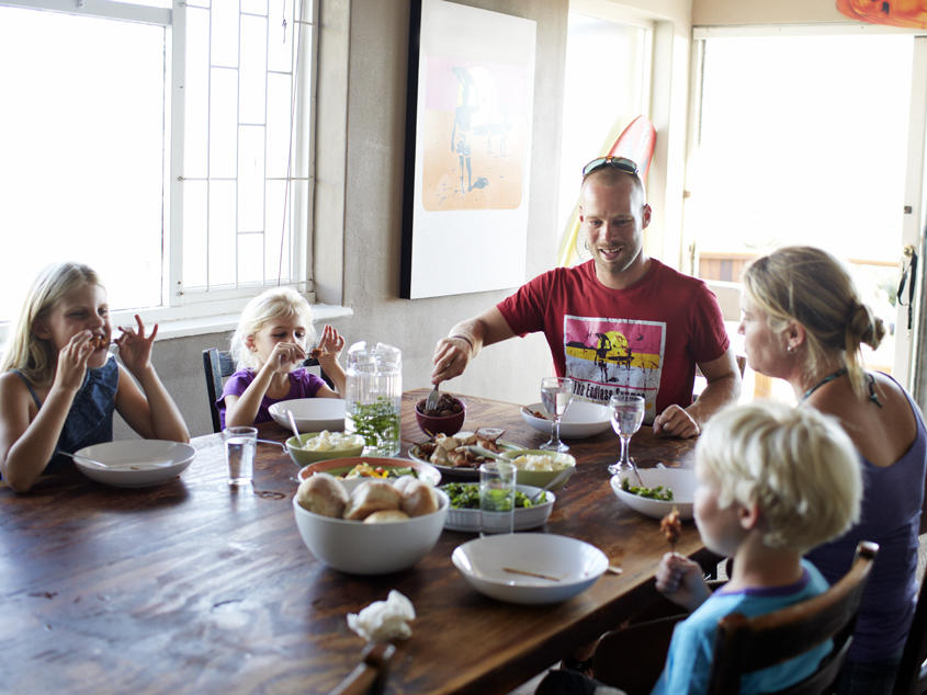gettyimages-167527203-family-eating-dinner.jpg