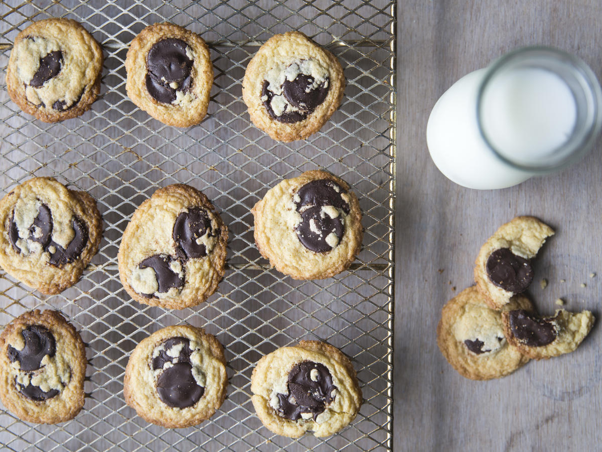 We Tried It: Jacques Torres' Chocolate Chip Cookie Mix - Cooking Light