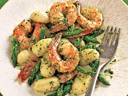 gnocchi-with-shrimp-asparagus-pesto.jpg