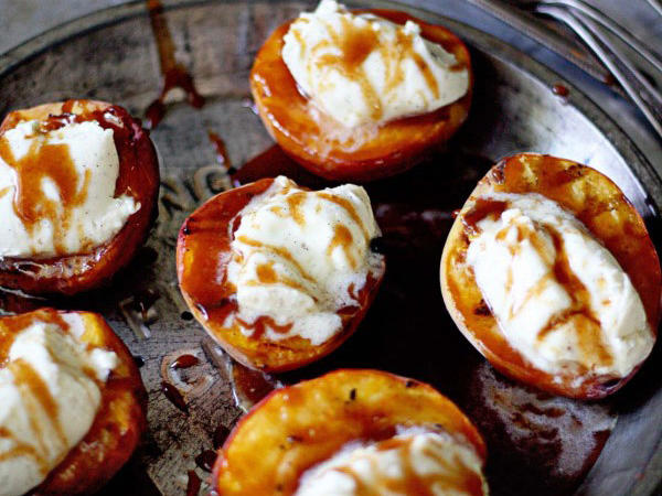 grilled-mascarpone-peaches-600x901.jpg