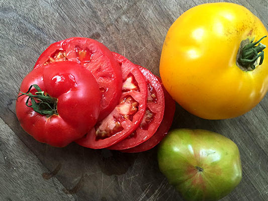 heirloom-tomatoes-horiz.jpg