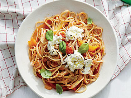 linguine-sweet-pepper-sauce.jpg
