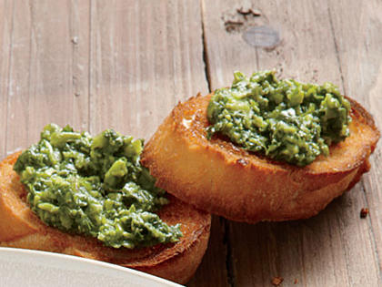 mint-pea-pesto-toasted-baguette.jpg