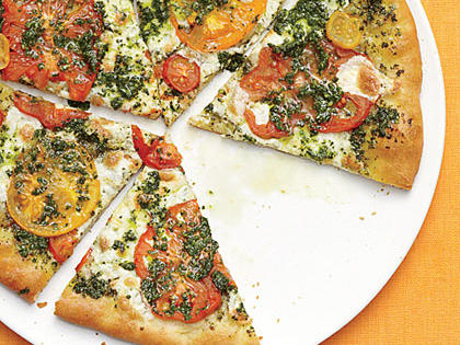 mozzarella-heirloom-tomato-basil-pizza.jpg