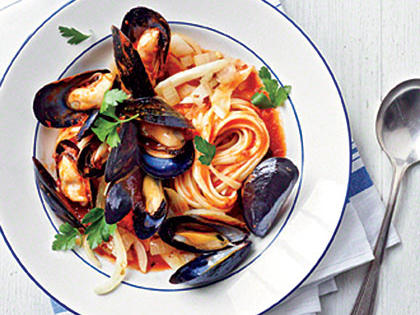 mussels-fra-diavolo-linguine-ck-x.jpg